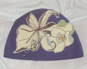 Как бисером украсить шапку: простой способ из заурядной и обыденной однотонной шапули сделать изысканный головной убор для маленькой «принцессы»