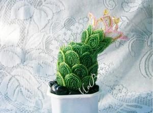 Мастер класс: плетем кактус из бисера
