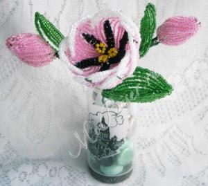 Тюльпаны из бисера «Весники весны»