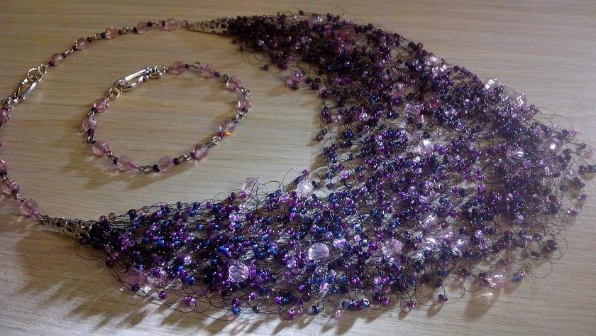Воздушное ожерелье из бисера и каменной крошки своими руками