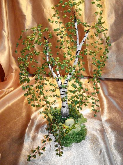 плетение из бисера деревьев видео - О том, как плести бисером.
