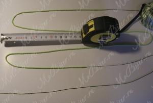 измерять длину сантиметровой лентой