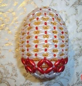 оплетение пасхального яйца бисером