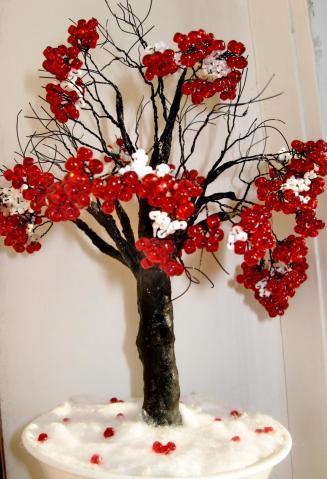 дерево из бисера рябина