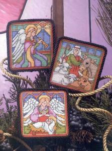 вышитые крестом ангелы